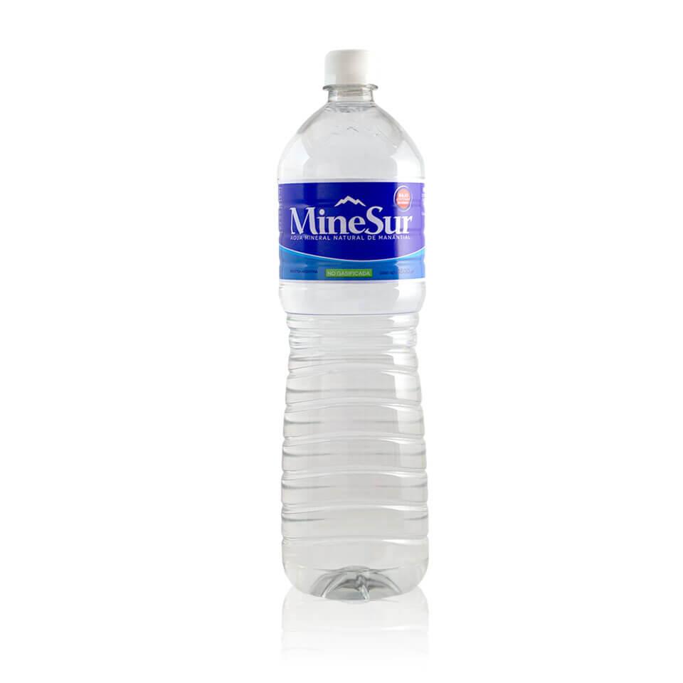botella 1.5 litros agua mineral